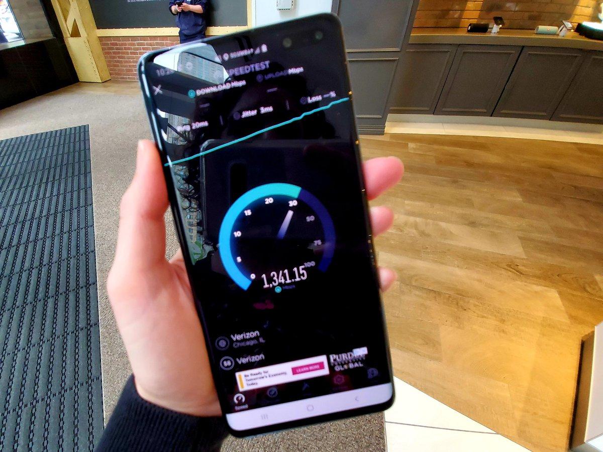 5G Speeds Australia watch mind-blowing 5g network speed test cross 1gbps on