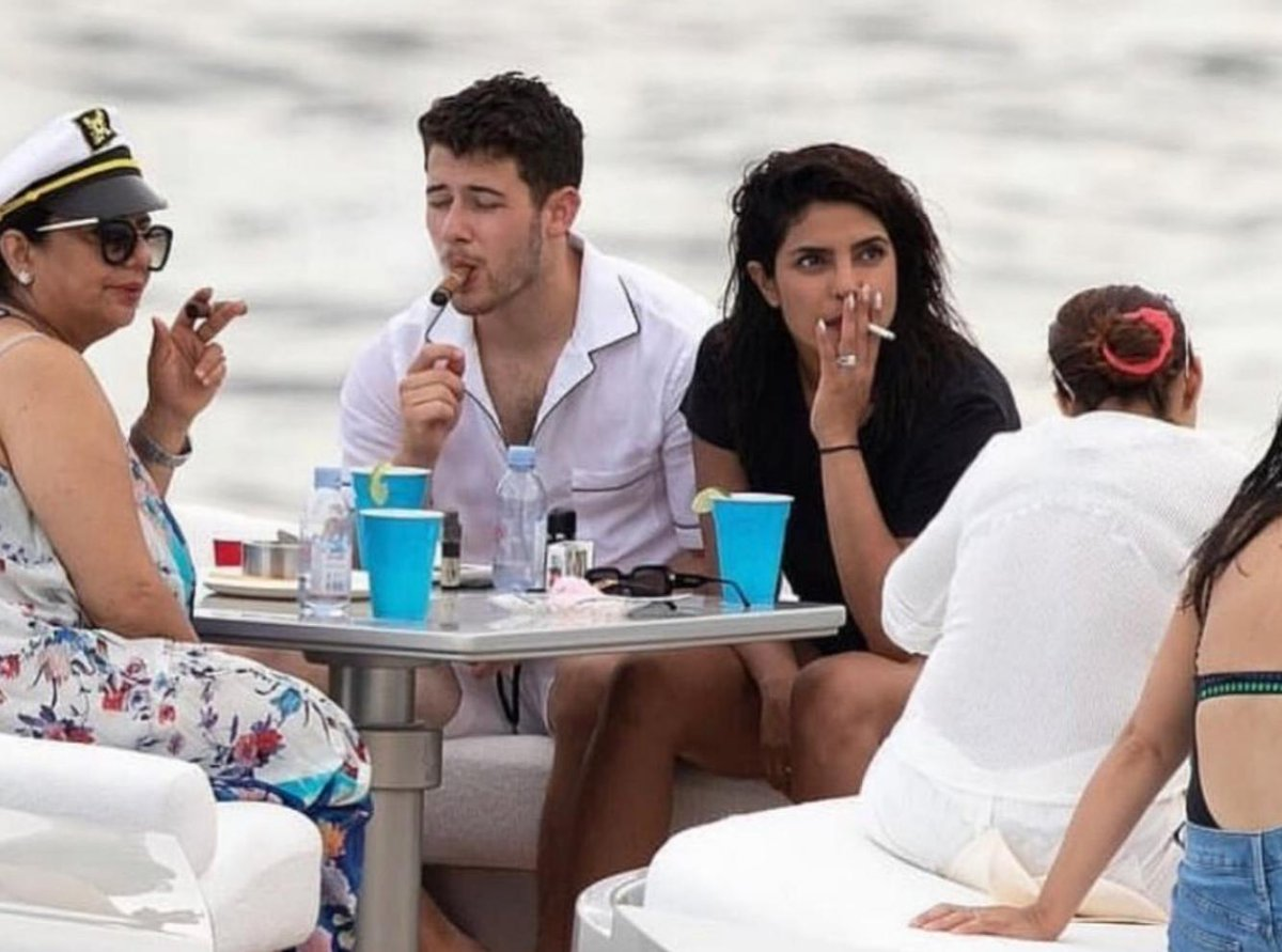 'Asthmatic' Priyanka Chopra roasted after picture of smoking goes viral; netizens call her hypocrite