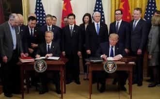 Chinese Vice Premier Liu He and US President Donald