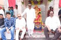 Mahesh Babu at the unveiling of Vijaya Nirmala's statue