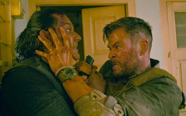 Netflix S Extraction 2 Chris Hemsworth To Return As Tyler Rake
