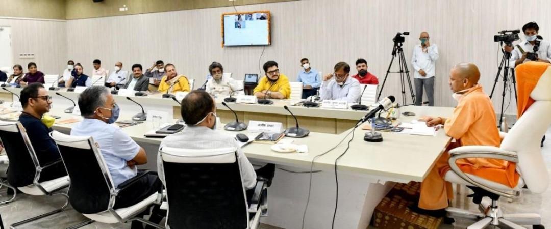 UP CM meets filmmakers
