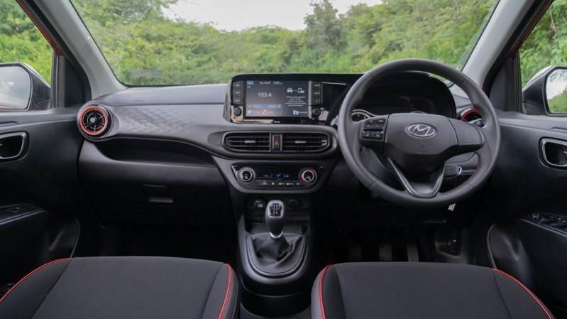 2020 Hyundai Grand i10 NIOS Turbo cabin
