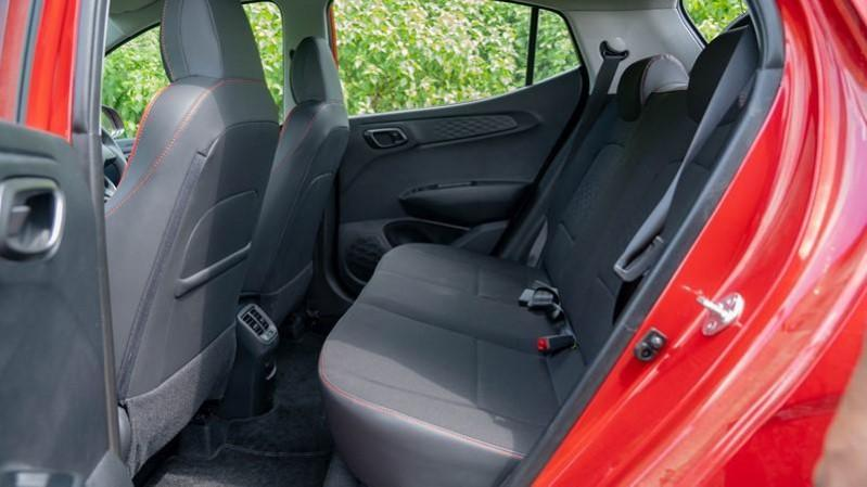 2020 Hyundai Grand i10 NIOS Turbo rear seats