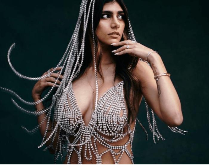 Mia khalifa naked Mia Khalifa