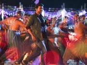 Sarkar first song: Thalapathy Vijay impresses fans with his dance in Simtaangaran song
