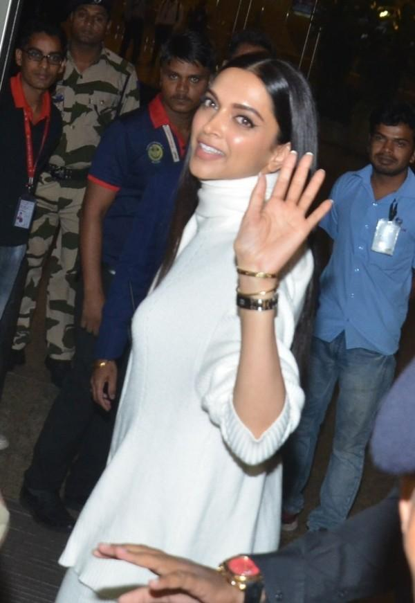 Deepika Padukone, Ranveer Singh are all smiles as they ...
