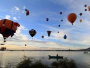 Wake up in the Mexican skies at the International Balloon Festival