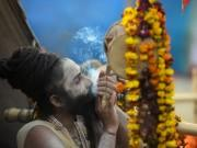 Ardh Kumbh Mela happens every six years, facts about the world's largest pilgrim gathering!