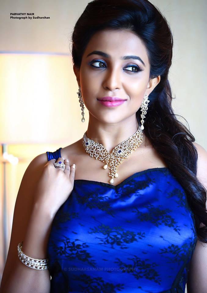 Parvathy Nair New Hot stills   Nair, Model, Actresses
