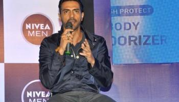 Arjun Rampal,Arjun Rampal launches Body Deodorizer in Mumbai,Body Deodorizer,Arjun Rampal pics,Arjun Rampal images,Arjun Rampal stills,Arjun Rampal pictures,Arjun Rampal photos