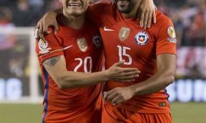 Eduardo Vargas (15 and 43 minute) and Alexis Sánchez (50 and 89 minute) hit two goals each to register a 4-2 win over Panama at the Lincoln Financial Field.