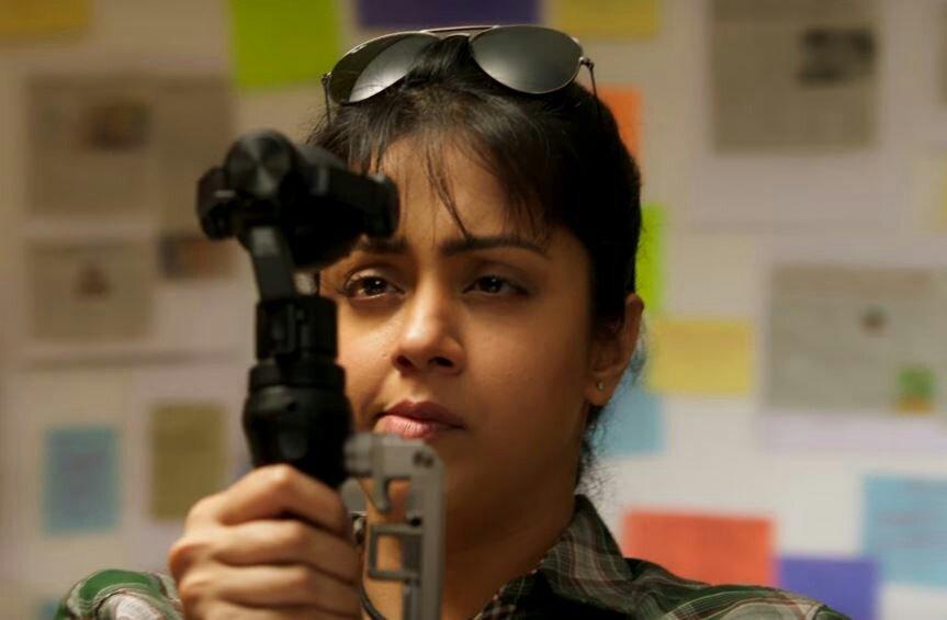 Jyothika's Magalir Mattum movie stills - Photos,Images ...