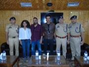 Manoj Bajpayee interacts with officers, jawans at DPL Srinagar